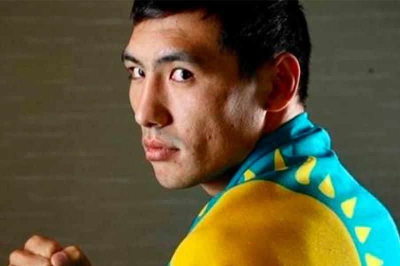Казахстанский боксер бросил вызов Саулю Альваресу