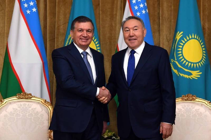 Нурсултан Назарбаев и Шавкат Мирзиёев обменялись поздравлениями с наступающим Наурызом