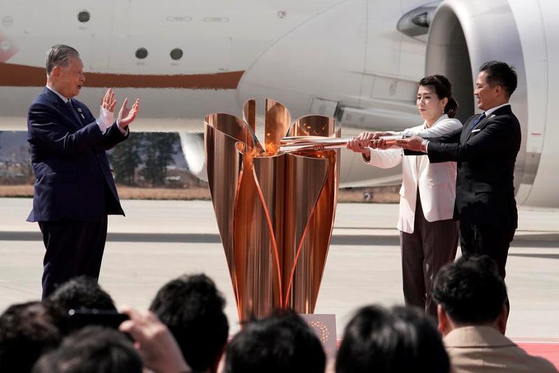 Олимпийский огонь прибыл в Японию