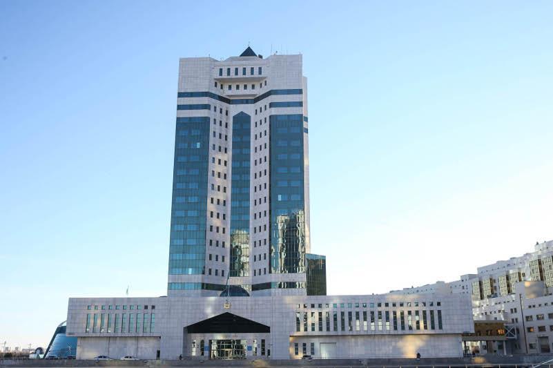 Asqar Mamın Reseı, Ózbekstan, Qyrǵyzstan jáne Tájikstannyń úkimet basshylarymen telefon arqyly sóılesti