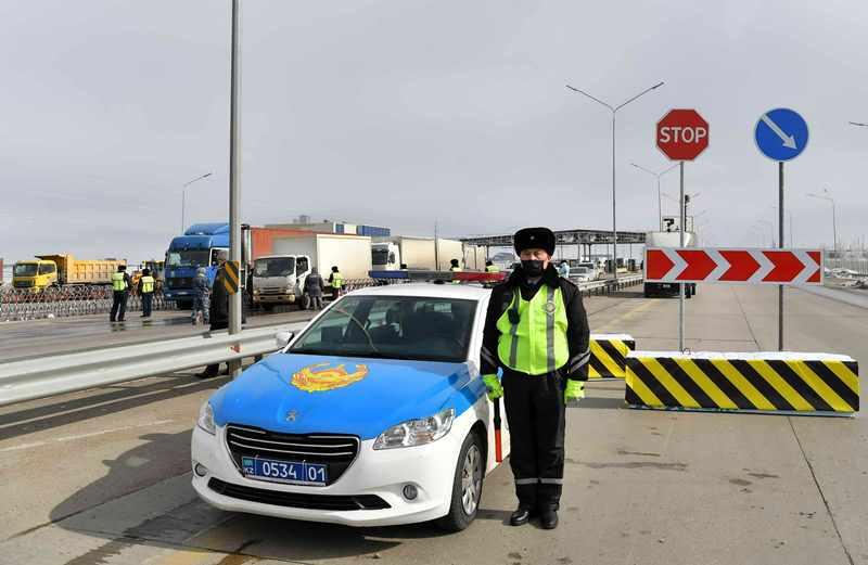 В Нур-Султане и Алматы начался карантин: города полностью изолированы
