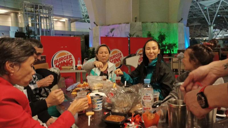 Дипломаты организовали празднование Наурыза для соотечественников в аэропортах РФ
