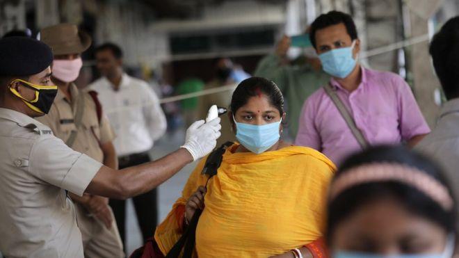 Резкий рост случаев заболевших коронавирусом отмечен в странах Африки