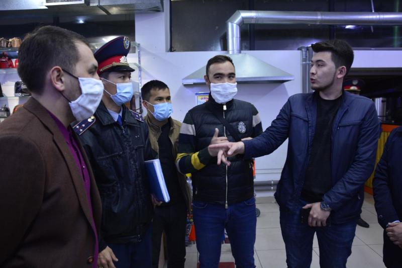 28 мобильных групп жамбылской полиции и волонтеров выявляют  нарушителей режима ЧП