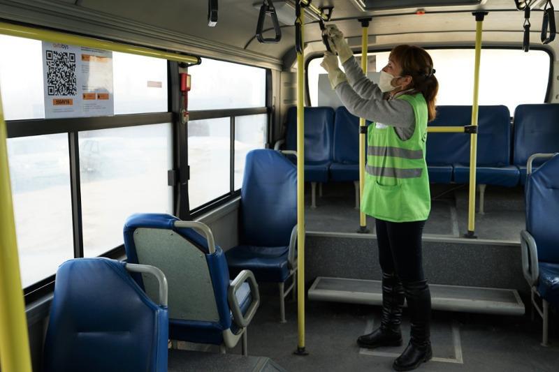 Семей автобустарында жолаушылар саны екі есе азайған