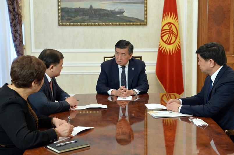 В ряде городов и областей Кыргызстана вводится режим чрезвычайного положения
