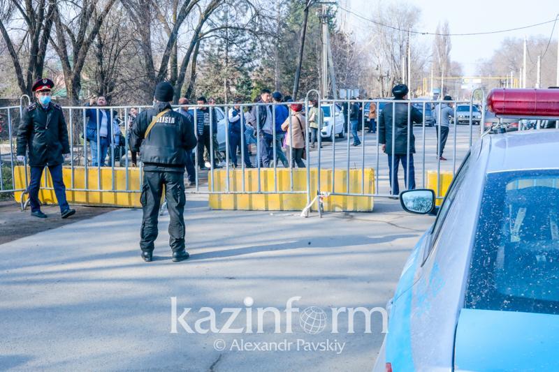 Алматы облысында бір тәулікте төтенше жағдай режимін бұзған 12 адам ұсталды