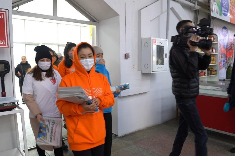 Посетители продовольственных магазинов должны быть в масках - замглавного санврача Алматы