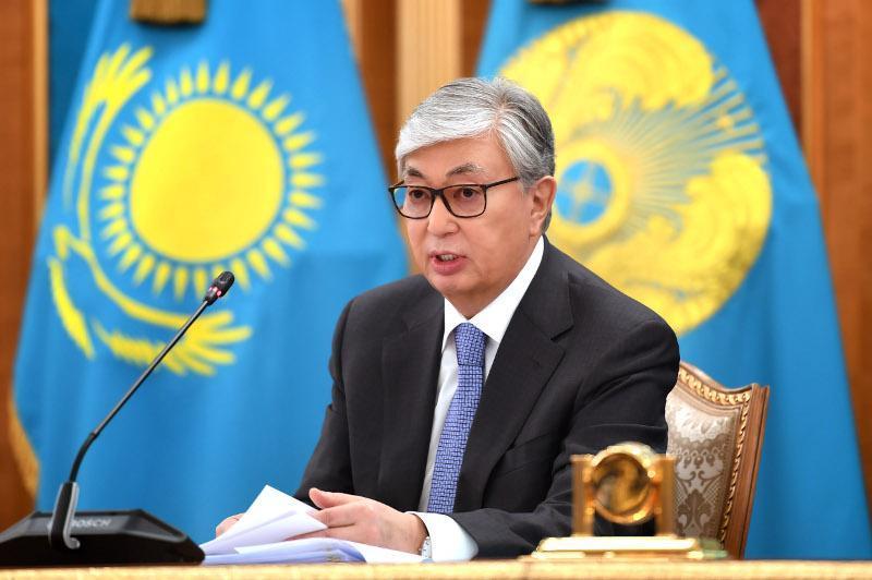 托卡耶夫总统:要保持愉悦心情 憧憬美好的未来