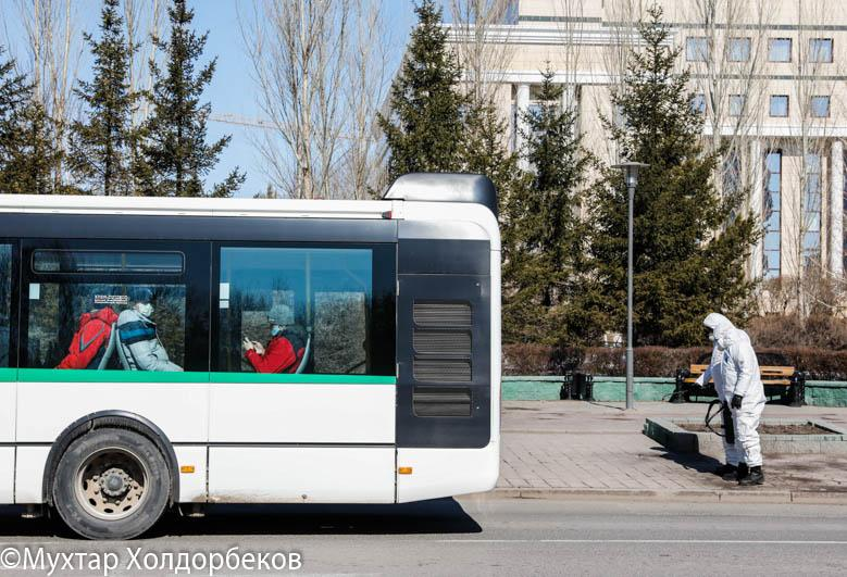 В Казахстане могут ужесточить меры по пребыванию граждан на улице
