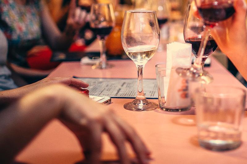 Мероприятие с участием 90 человек провели в ресторане в Кокшетау во время режима ЧП