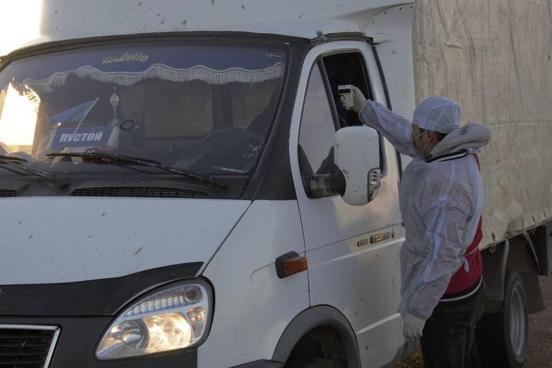 Түркістан облысының блокбекеттерінде 44 мыңға жуық жолаушы тексерілді
