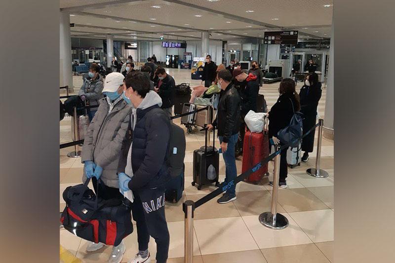 在乌克兰的56名哈萨克斯坦公民今日顺利回国