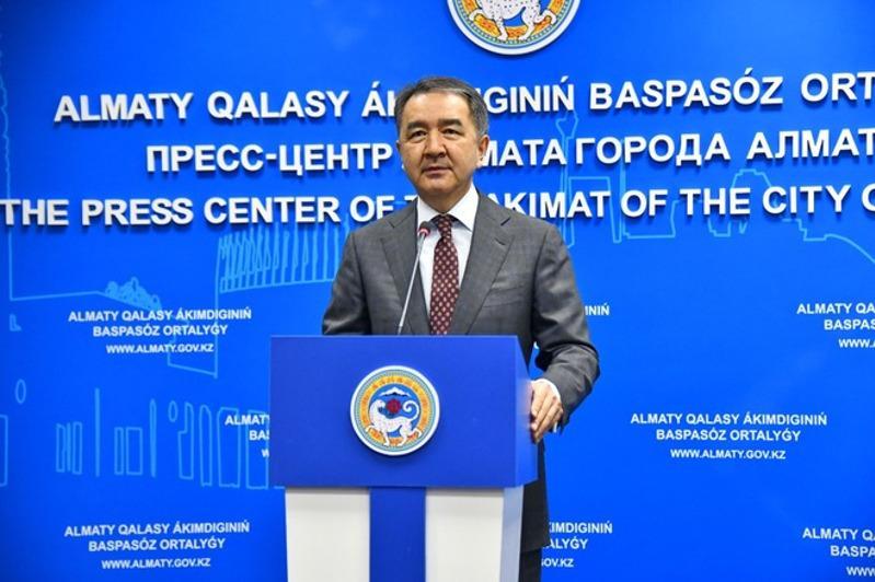 Аким Алматы обратился к горожанам в связи с дополнительными ограничительными мерами