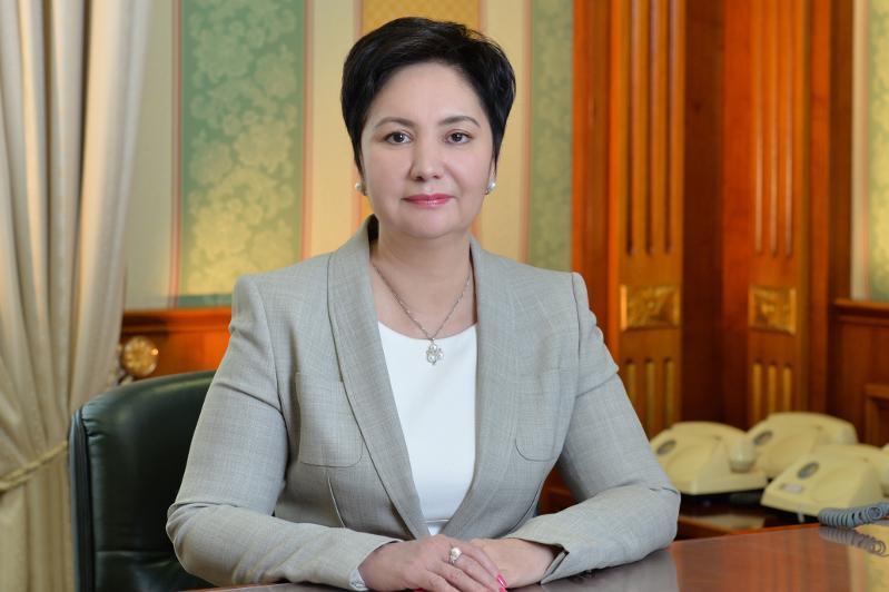 哈萨克斯坦迎来首位女性州长
