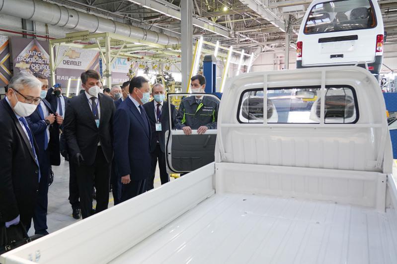 Премьер-Министры Казахстана и Узбекистана дали старт  совместному производству новых моделей автомобилей вКостанае