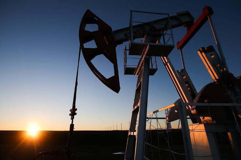 国际油价30日大幅下跌