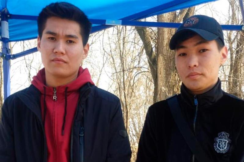 Жители Алматинской области пробираются домой «огородами»
