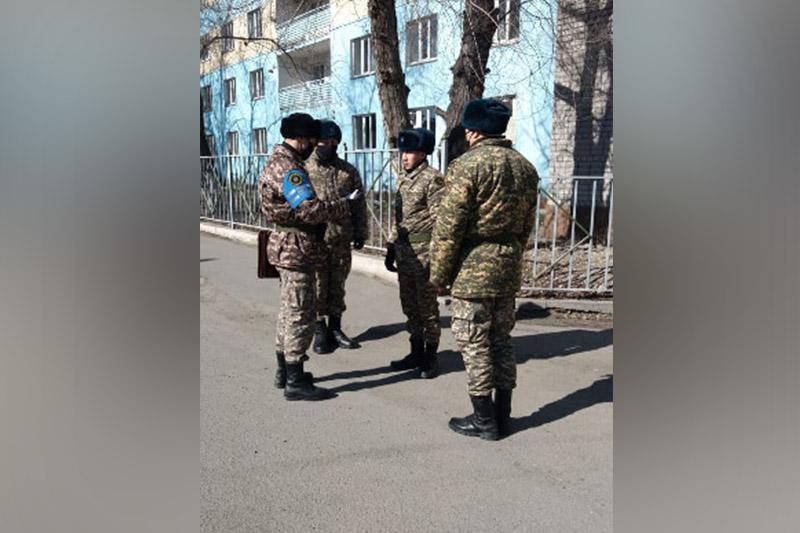 В Семее в патрулировании улиц задействовано 18 групп