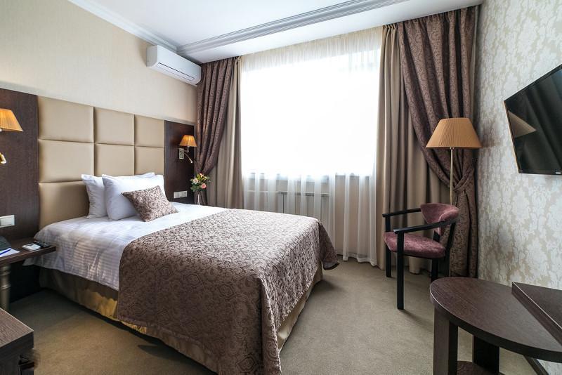 В Атырау предприниматель передал гостиницу под карантинный стационар