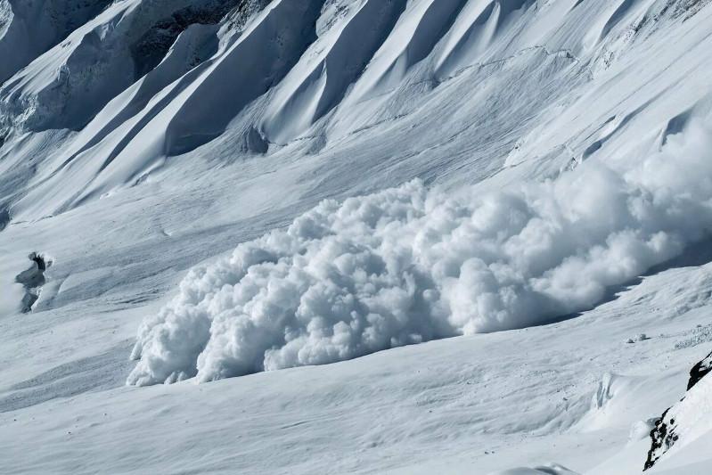 В бассейнах рек Киши и Улкен Алматы 1-3 апреля возможен сход снежных лавин