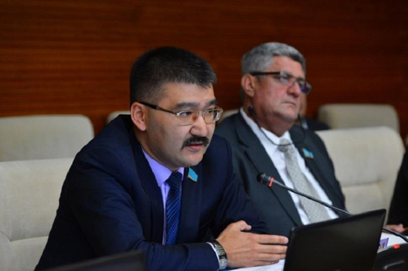 Очень правильные шаги – депутат Мурат Темиржанов об антикризисных мерах Президента