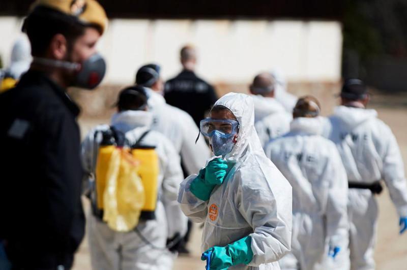 В Испании количество случаев заражения коронавирусом перевалило за 100 тысяч