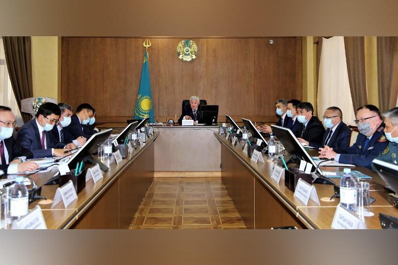 Бердібек Сапарбаев өңірде қашықтан білім беру бойынша жүргізілген жұмыстарды сынға алды