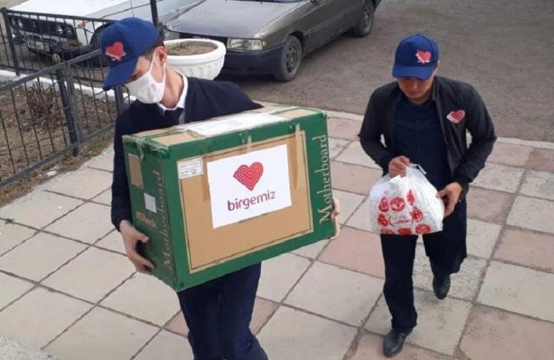 В Тюлькубасском районе Туркестанской области волонтеры раздали более 62 тысяч масок
