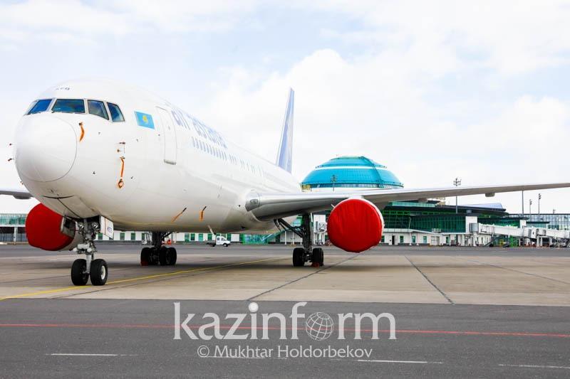 Сколько авиарейсов сократили в Казахстане