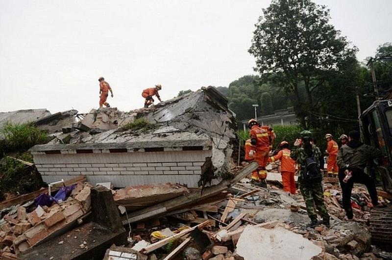 中国四川省发生5.6级地震  造成4067人受灾