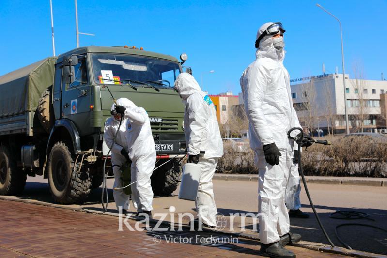 哈萨克斯坦提高口罩和消毒液日产量