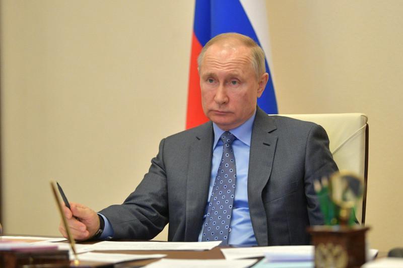 普京宣布将俄罗斯带薪放假日延长至4月30日
