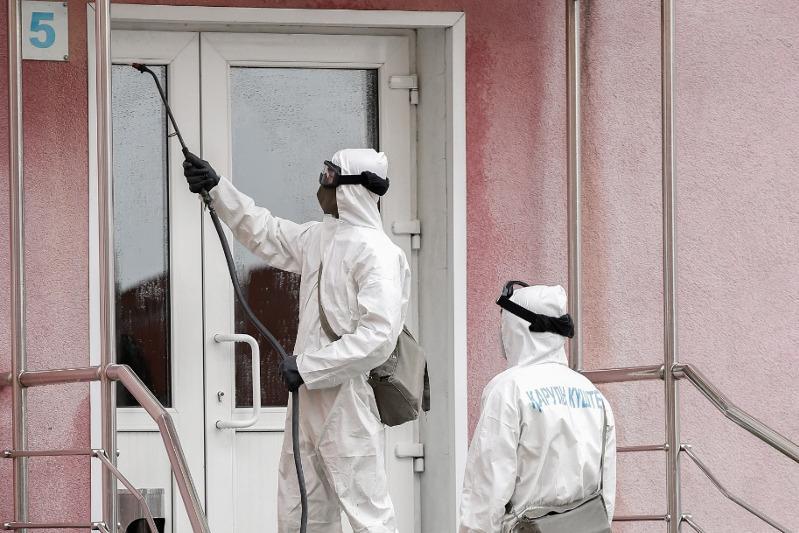 Дезинфекцию 80 объектов завершили военнослужащие в Атырау