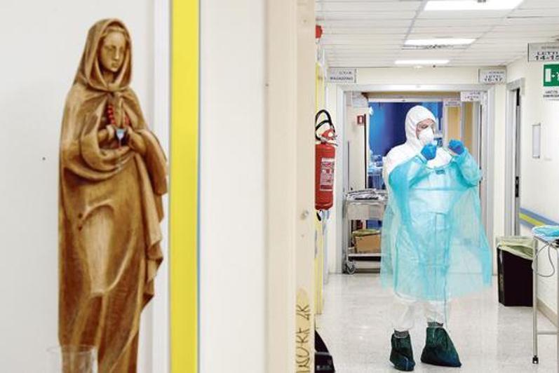 Италияда вирустың таралуы бәсеңдей бастады - Le Figaro