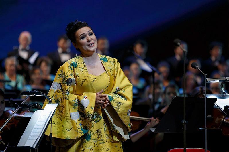 Майра Мухамедкызы провела онлайн-концерт