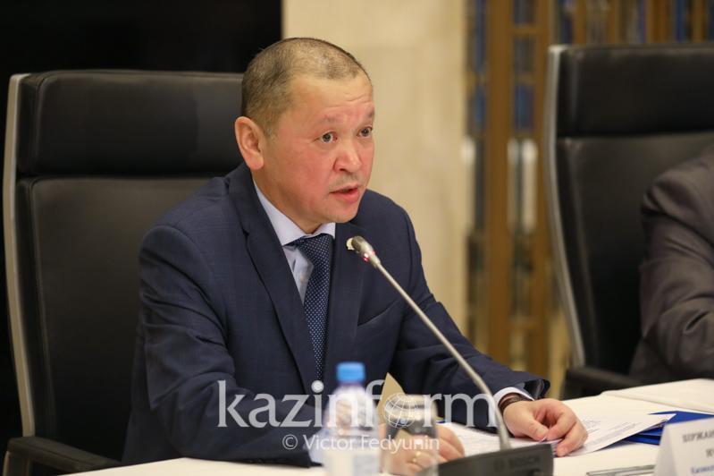Биржан Нурымбетов разъяснил изменения в правилах назначения соцвыплаты
