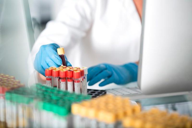 Около 1300 тестов на коронавирус провели в Атырауской области