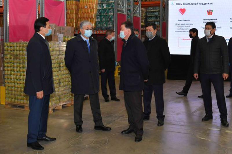 Глава государства поручил Правительству и акиматам обеспечить пополнение стабфондов и мониторинг цен