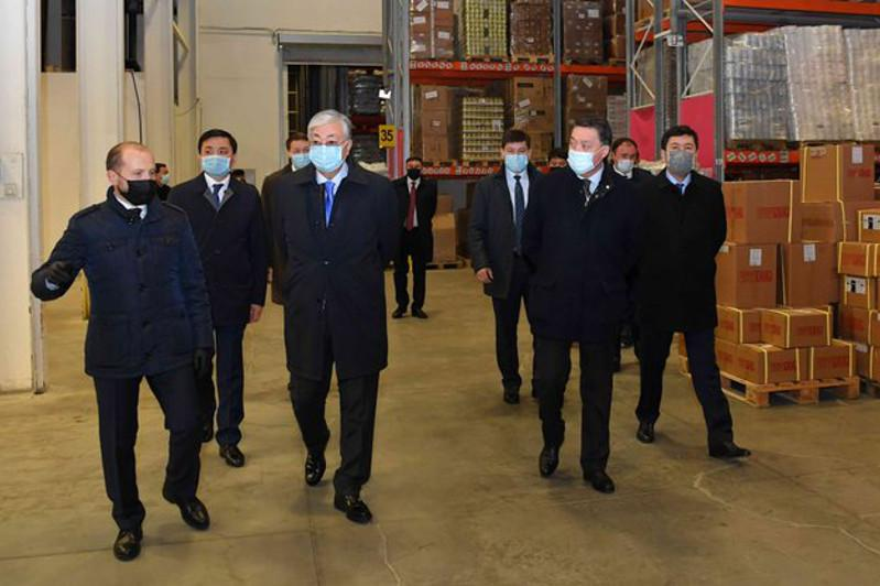 Kazakh President visits 'Continental Logistics' center
