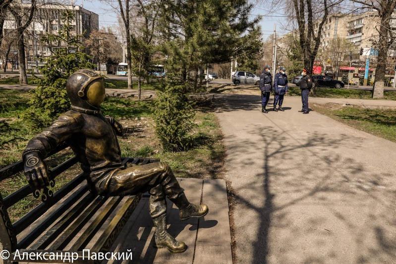 26 алматинцев арестовали за бесцельные прогулки