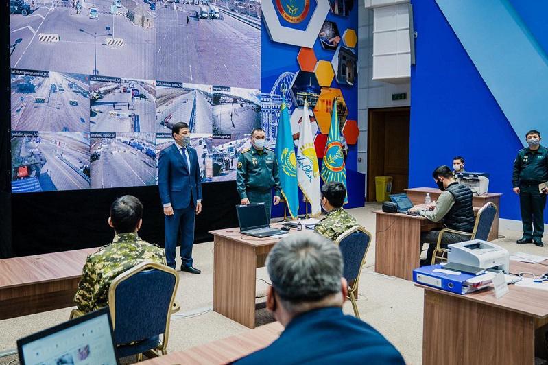 На первом этапе в Нур-Султане призвано 100 военнообязанных