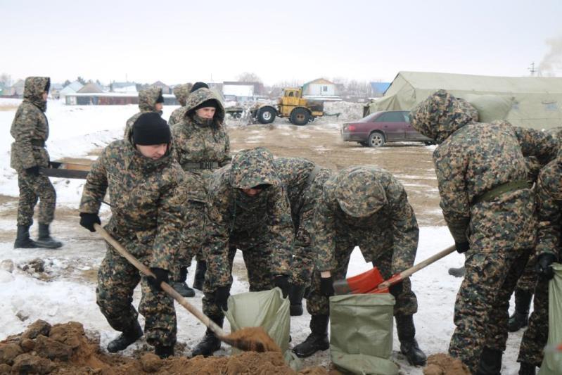Құтқарушылар елорда маңындағы су тасқынының алдын алу жұмыстарымен айналысып жатыр