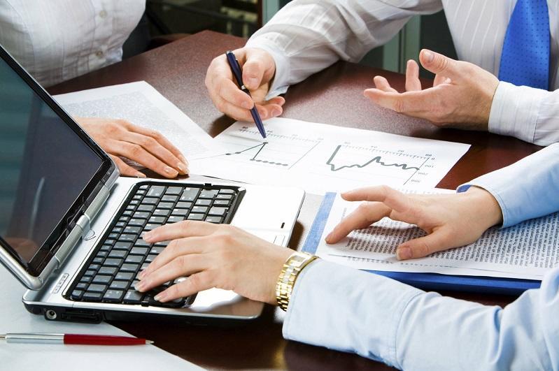 托卡耶夫总统指示逐步恢复中小企业生产