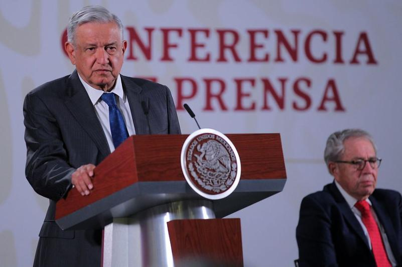 Mexican president says US to help Mexico meet required oil production cuts