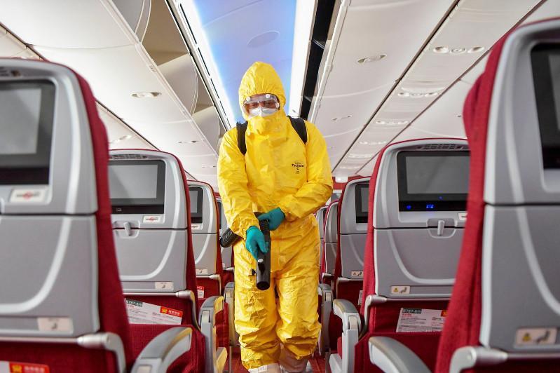 На борту французского авианосца подтвердили 668 случаев коронавируса