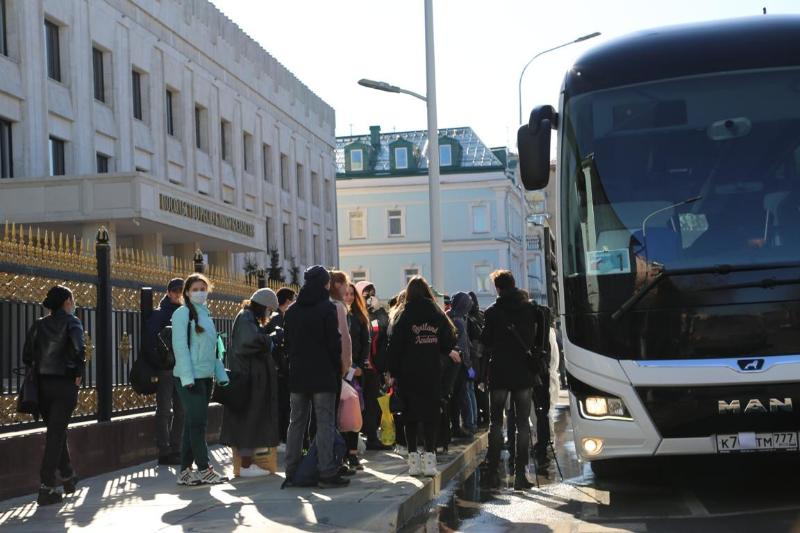Қазақстандық студенттер Ресейден автобуспен елге оралуда