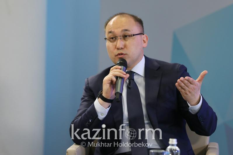 Глава МИОР сравнил свободу прессы в Казахстане и Узбекистане
