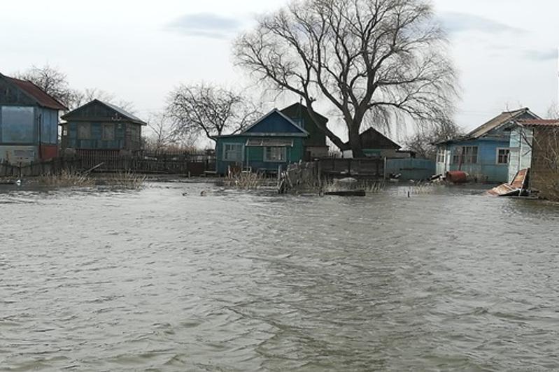 Казахстанские спутники ведут мониторинг паводка в Северном Казахстане