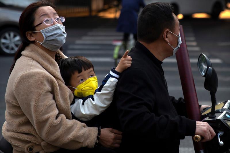 Қытайда бір тәулікте үш адамнан ғана коронавирус табылды